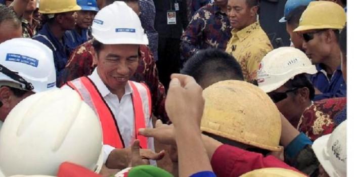 """Jokowi Harus Berhenti """"Error"""" Saat Keluarkan Peraturan"""