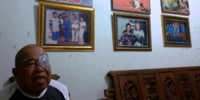 Kisah Pelawak Eddy Gombloh Habiskan Masa Tua di Kampung Halaman