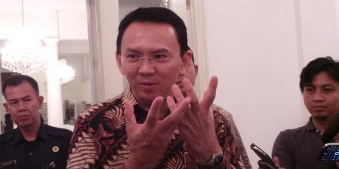 Ahok Ubah Aturan Jokowi soal Waktu Pemakaian Baju Adat PNS DKI