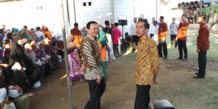 """""""Blusukan"""" Jokowi-Ahok di Semper, dari Reuni hingga Sepatu Mahal Gubernur"""