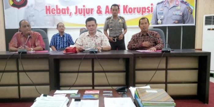 """Pegawai Bank Bobol Rekening Nasabah Rp 1,6 Miliar untuk Judi """"Online"""""""
