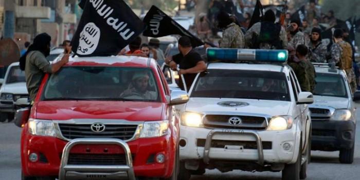 Bagaimana ISIS Bisa Mendapatkan Banyak Mobil Baru Toyota?