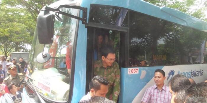 "Ahok Sebut Tak Masalah jika Ahmad Dhani Hapuskan ""Busway"""