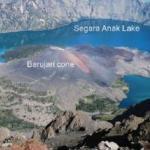 Gunung Barujari Lontarkan Abu Vulkanik Setinggi 2.000 Meter