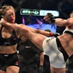 Holly Holm Borong Penghargaan MMA