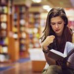 """Buku Sebanyak Ini Sudah Dibaca Semua?"""