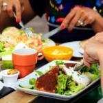 Tips Makan Lebih Sehat di Restoran
