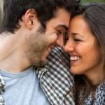 5 Daya Tarik Wanita yang Buat Pria Mendadak Jatuh Hati
