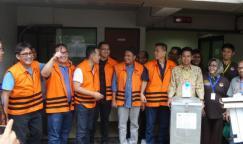Tujuh tahanan KPK melakukan pencoblosan di Rutan C1 Gedung KPK Jakarta, Rabu (15/2/2017).